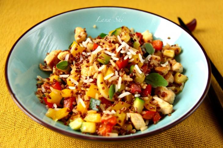 Куриное филе с овощами, рисом басмати и киноа!  356 ккал в 1 порции!